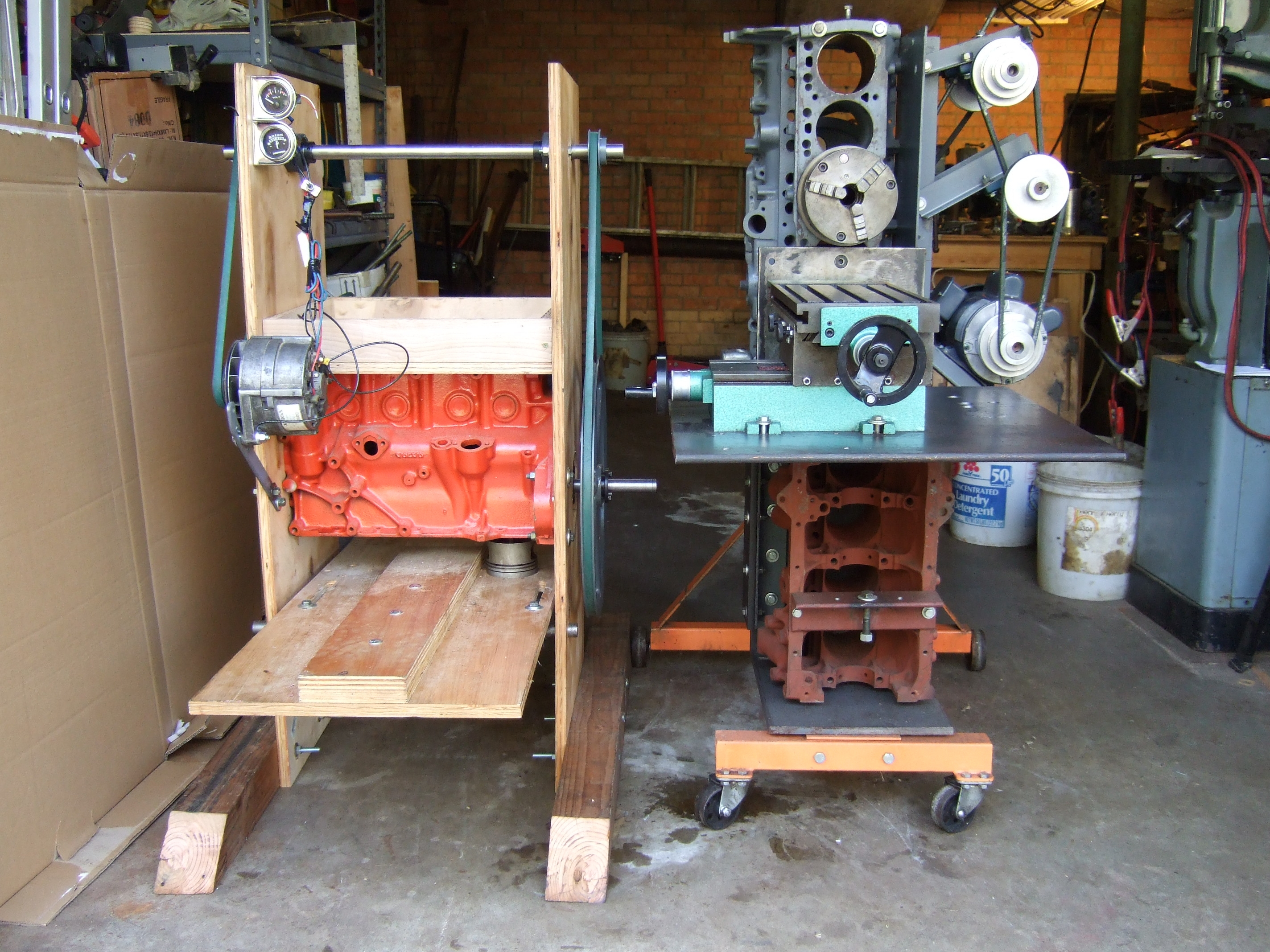 human powered generators Human power human kinetic energy can be transfered in a number of ways human energy is most commonly used to propel bicycles, but can also be used to generate electricity and power hand-crank tools.